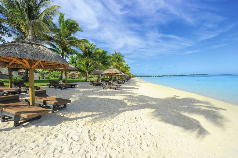 11 Dreamy Beaches You Will Want To Explore In Mauritius (5)