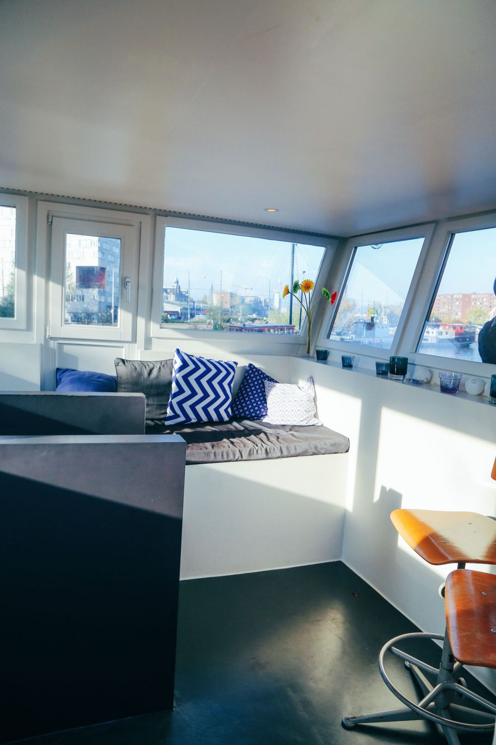 How To Stay On A Unique House Boat In Amsterdam, The Netherlands (16)