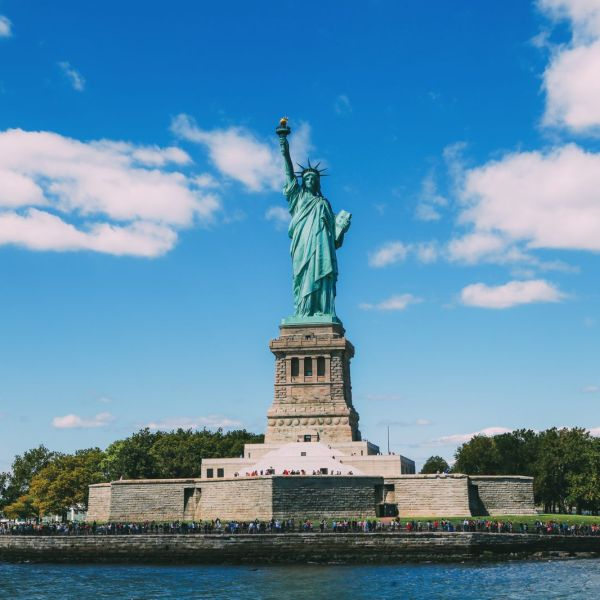 An Afternoon With Lady Liberty In New York City (7)
