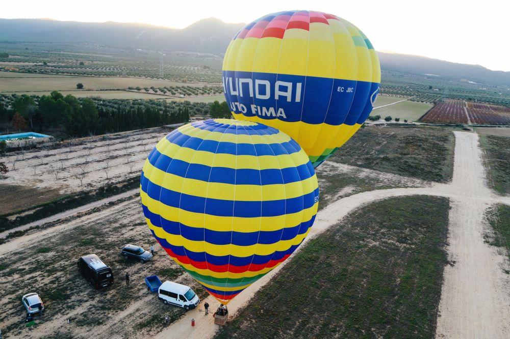 Hot Air Balloon Sunrise... In Sierra De Mariola, Valencia (12)