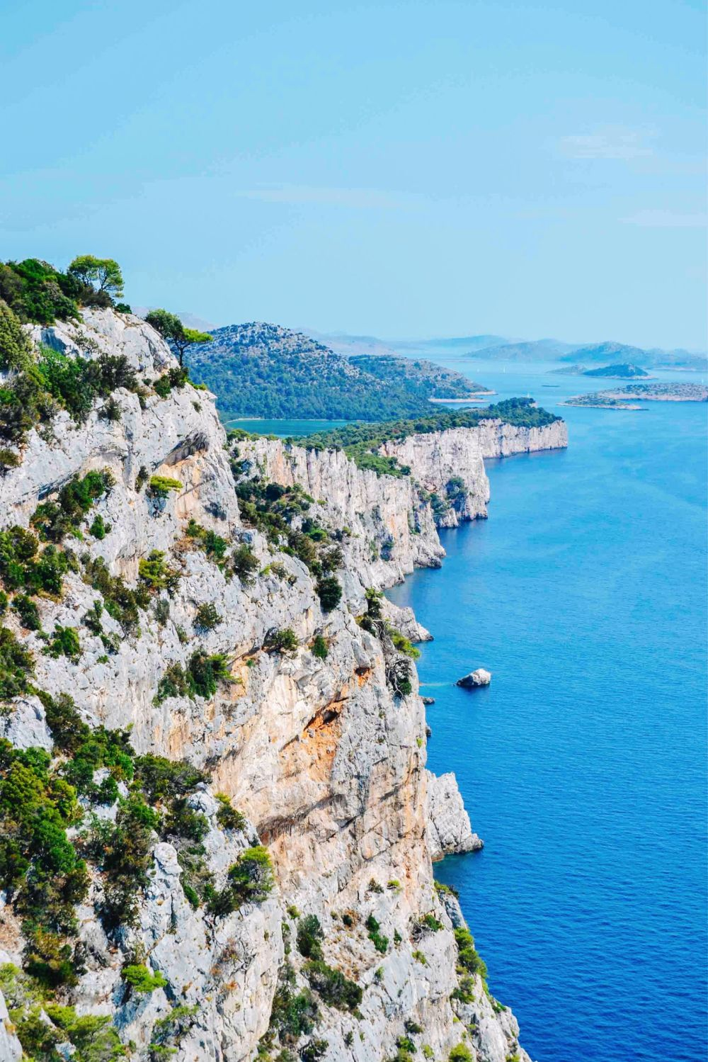 10-beautiful-croatian-islands-youll-want-to-visit (5)
