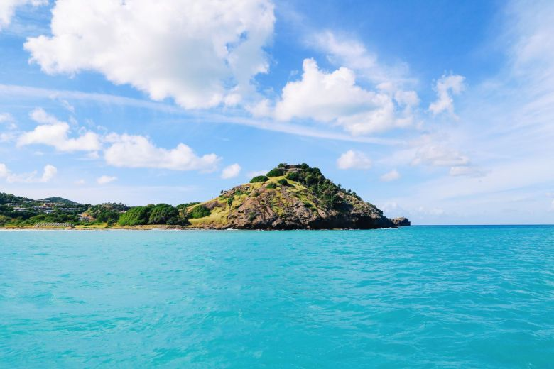 Sailing In Antigua In The Caribbean (25)