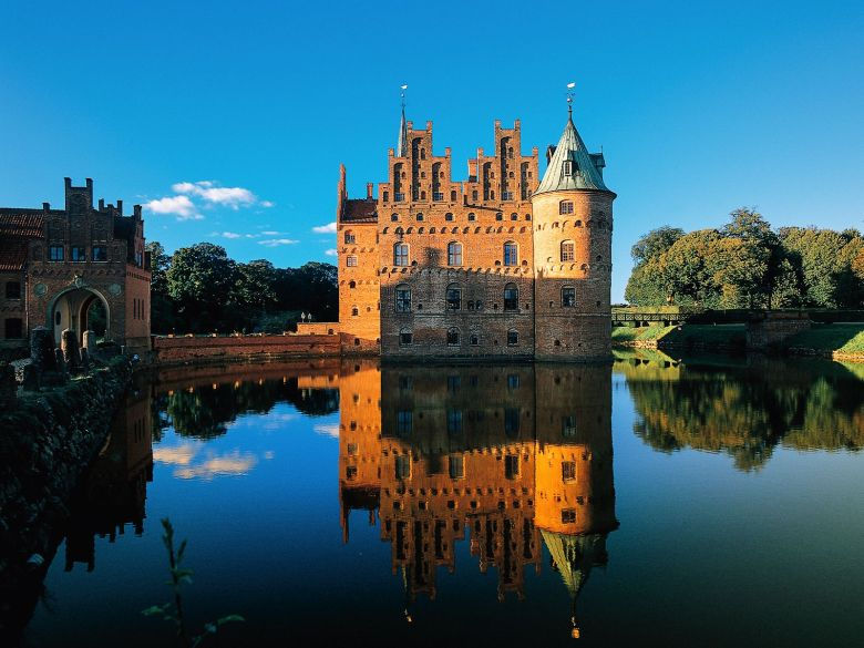 10 Fairytale Castles You Will Want To Visit In Denmark (12)