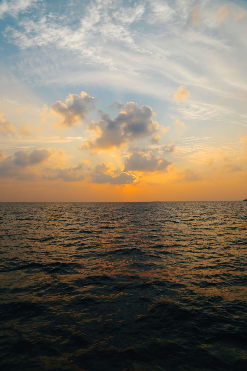 Sunset Cruising In The Maldives (18)