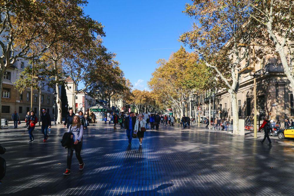 Arrival In Barcelona, Spain (20)