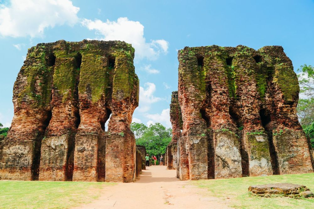 The Ancient City Of Polonnaruwa In Sri Lanka // Part 1 Of 2 (16)