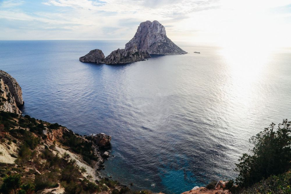 The Best Place To Watch The Sunset In Ibiza AND Where To Go For An Amazing 10 Course Gourmet Dinner! (13)