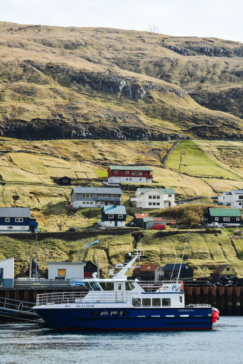 11 Dramatic Sights You Have To Explore In The Faroe Islands (11)