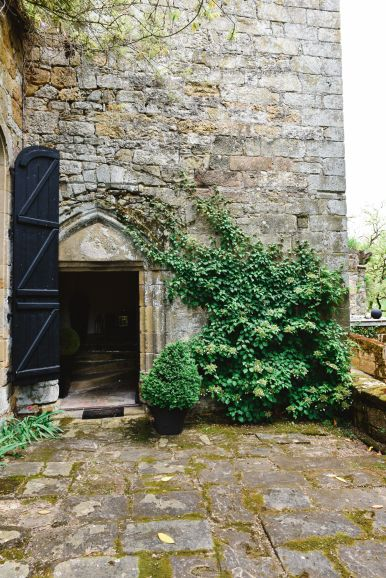 Exploring Château de Lissac In The Dordogne Valley Of France (39)