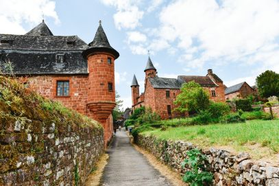 This Is The Most Beautiful Village In France - Collonges-La-Rouge (57)