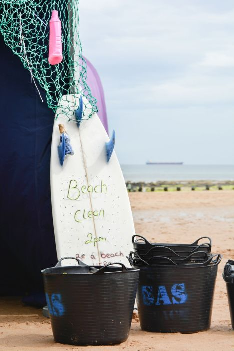 10 Ways To Help Give Back When You Travel With Barefoot Wine And Bubbly In Newcastle, England (29)