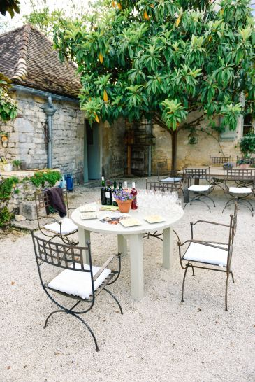 Truffle-Hunting, Chateau-Living And Wine-Tasting In the French Dordogne Valley (16)