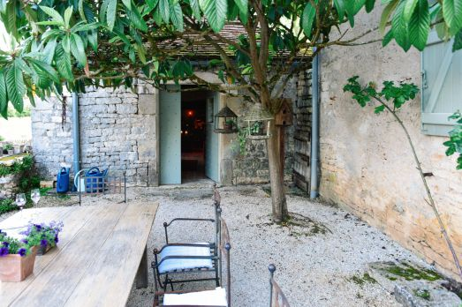 Truffle-Hunting, Chateau-Living And Wine-Tasting In the French Dordogne Valley (37)