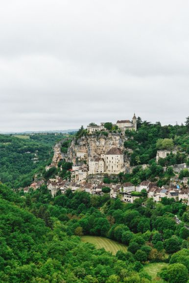 This Is The Most Dramatic Village In France - Rocamadour (4)