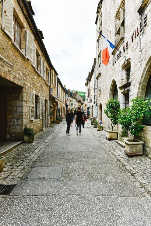 This Is The Most Dramatic Village In France - Rocamadour (18)