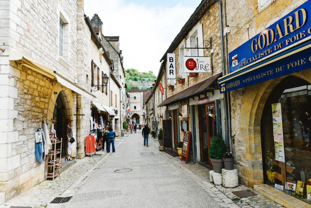 This Is The Most Dramatic Village In France - Rocamadour (21)