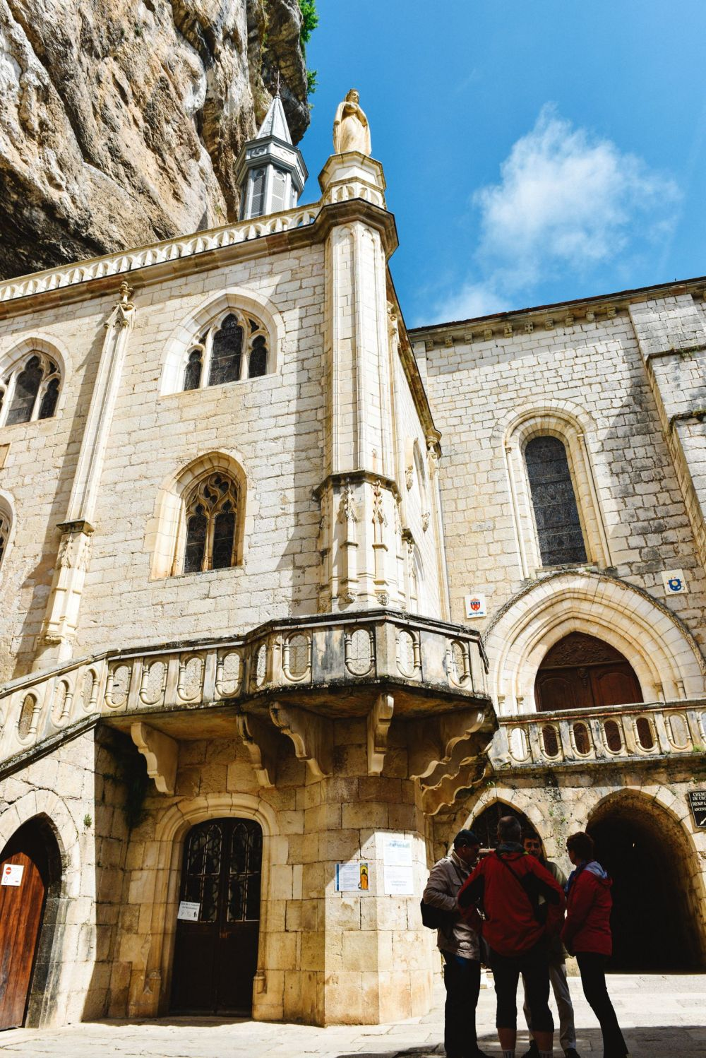 This Is The Most Dramatic Village In France - Rocamadour (28)