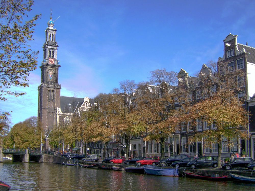 10 Places You Must See On Your First Trip To Amsterdam (4)