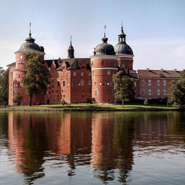 12 Magnificent Castles You Wouldn't Expect To See When Visiting Sweden (8)