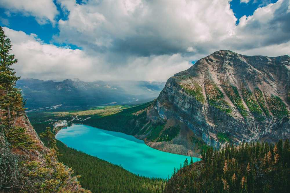 Sights You Have To See In Banff, Canada (11)