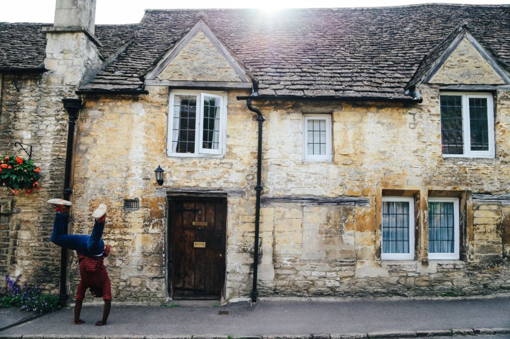 Exploring One Of England's Most Beautiful Villages - Castle Combe (21)