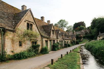 In Search Of The Most Beautiful Street In England - Arlington Row, Bibury (9)