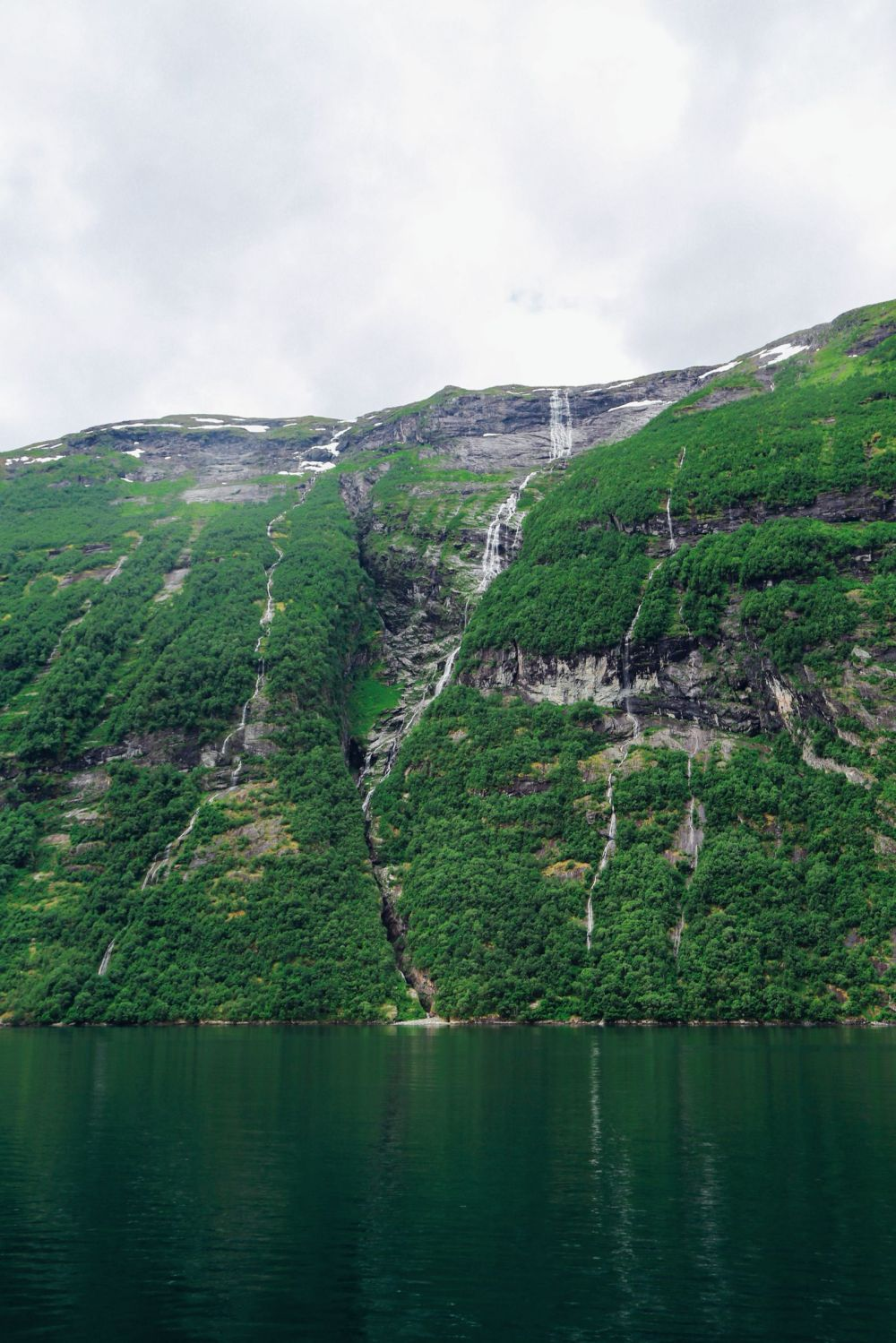 A Journey Through The Beautiful Geirangerfjord, Norway (16)
