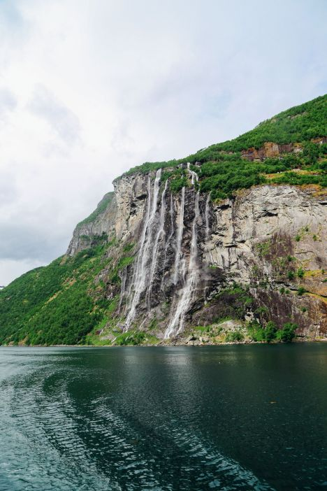 A Journey Through The Beautiful Geirangerfjord, Norway (23)