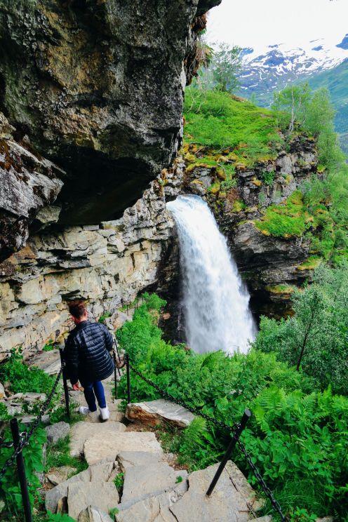 Exploring Storseterfossen Waterfall - A Waterfall In Norway You Can Walk Behind! (18)