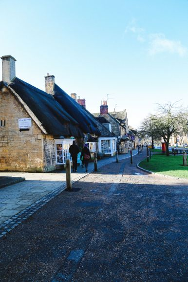 An Afternoon In The English Villages Of Broadway And Bourton-On-The-Water... The Cotswolds, England (31)