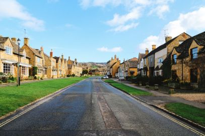 An Afternoon In The English Villages Of Broadway And Bourton-On-The-Water... The Cotswolds, England (48)