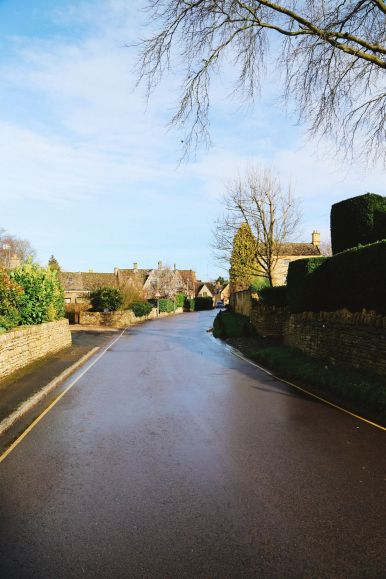 An Afternoon In The English Villages Of Broadway And Bourton-On-The-Water... The Cotswolds, England (65)