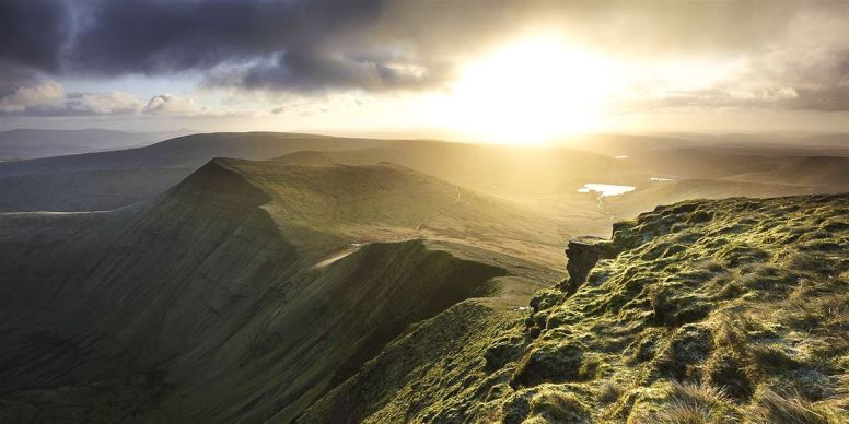 12 Places You Have To Visit On A Road Trip Across Wales (4)