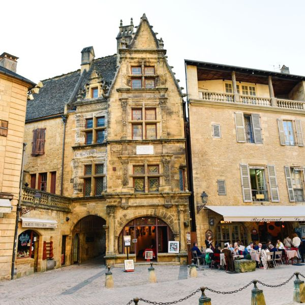 The Old Historic French Town Of Sarlat (3)
