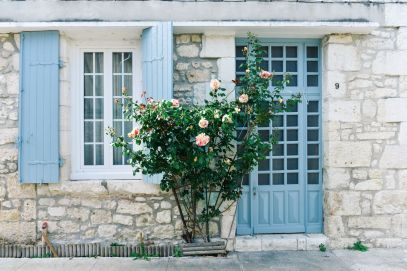 Charming Issigeac... The Medieval Village In France's Dordogne Valley (6)