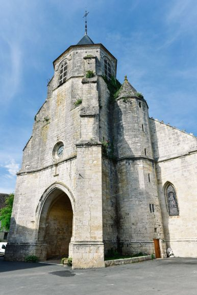Charming Issigeac... The Medieval Village In France's Dordogne Valley (8)