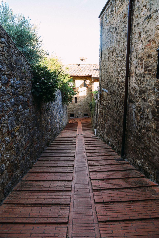 The Beautiful Italian Town Of San Gimignano (45)