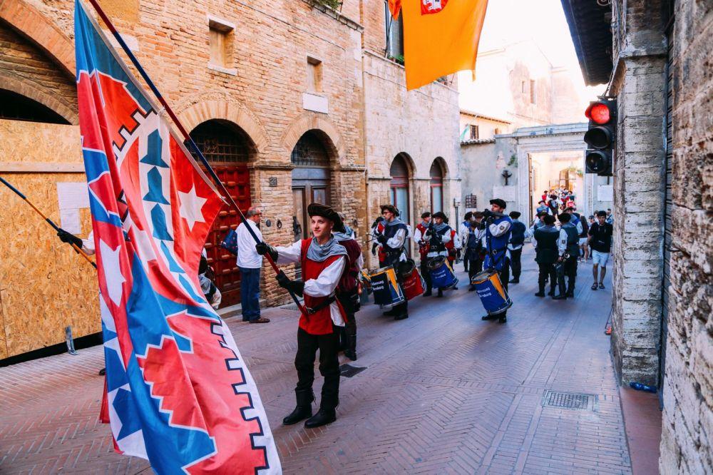 The Beautiful Italian Town Of San Gimignano (54)