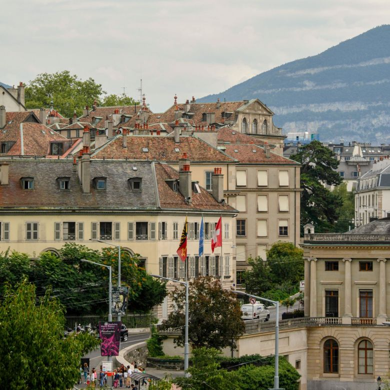 12 Cool Things You Need To Experience In Geneva, Switzerland (7)