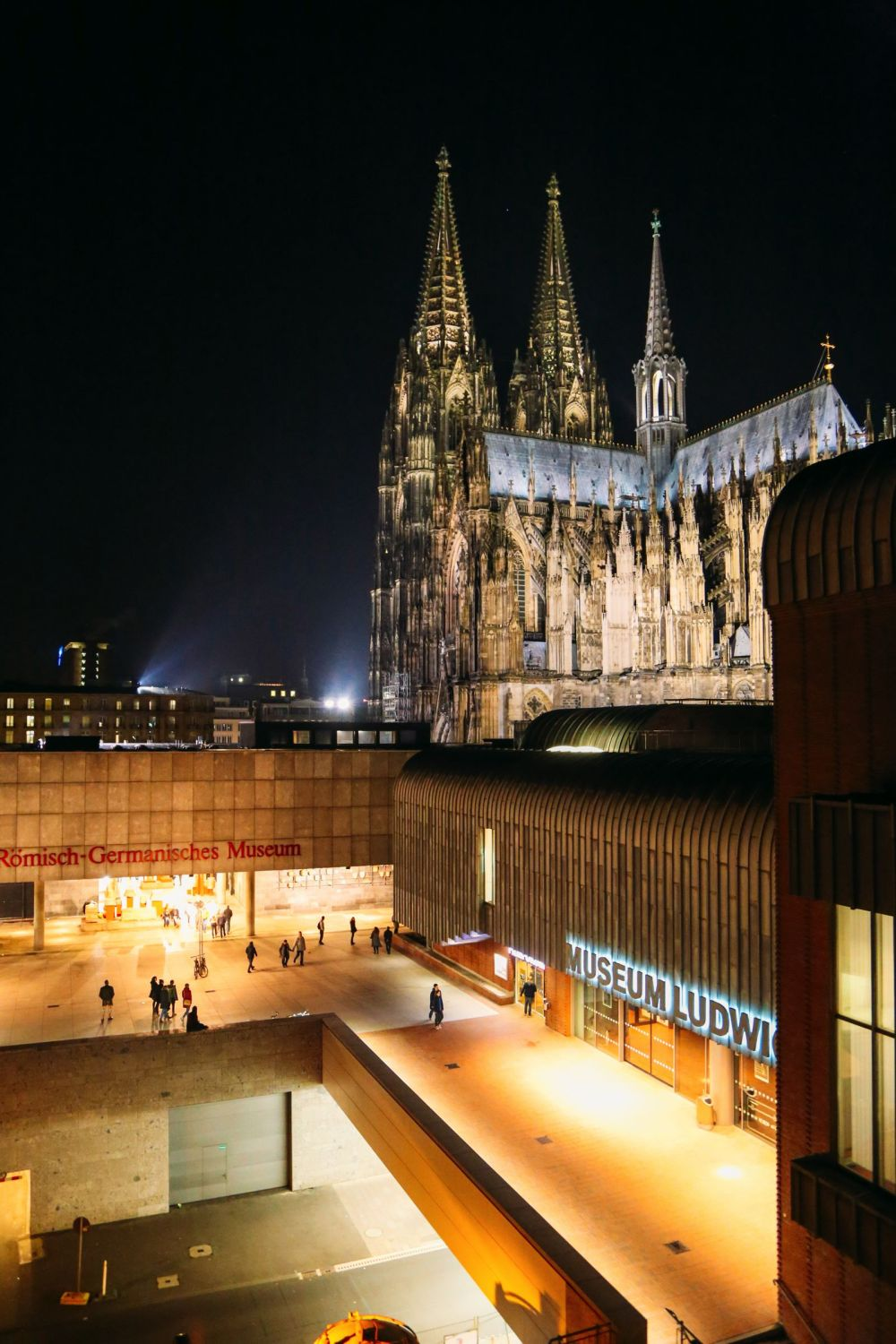 All-Night Partying At The Museums... In Cologne, Germany (50)
