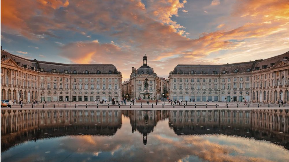 12 Stunning Places You Must Visit On A Road Trip In France (7)