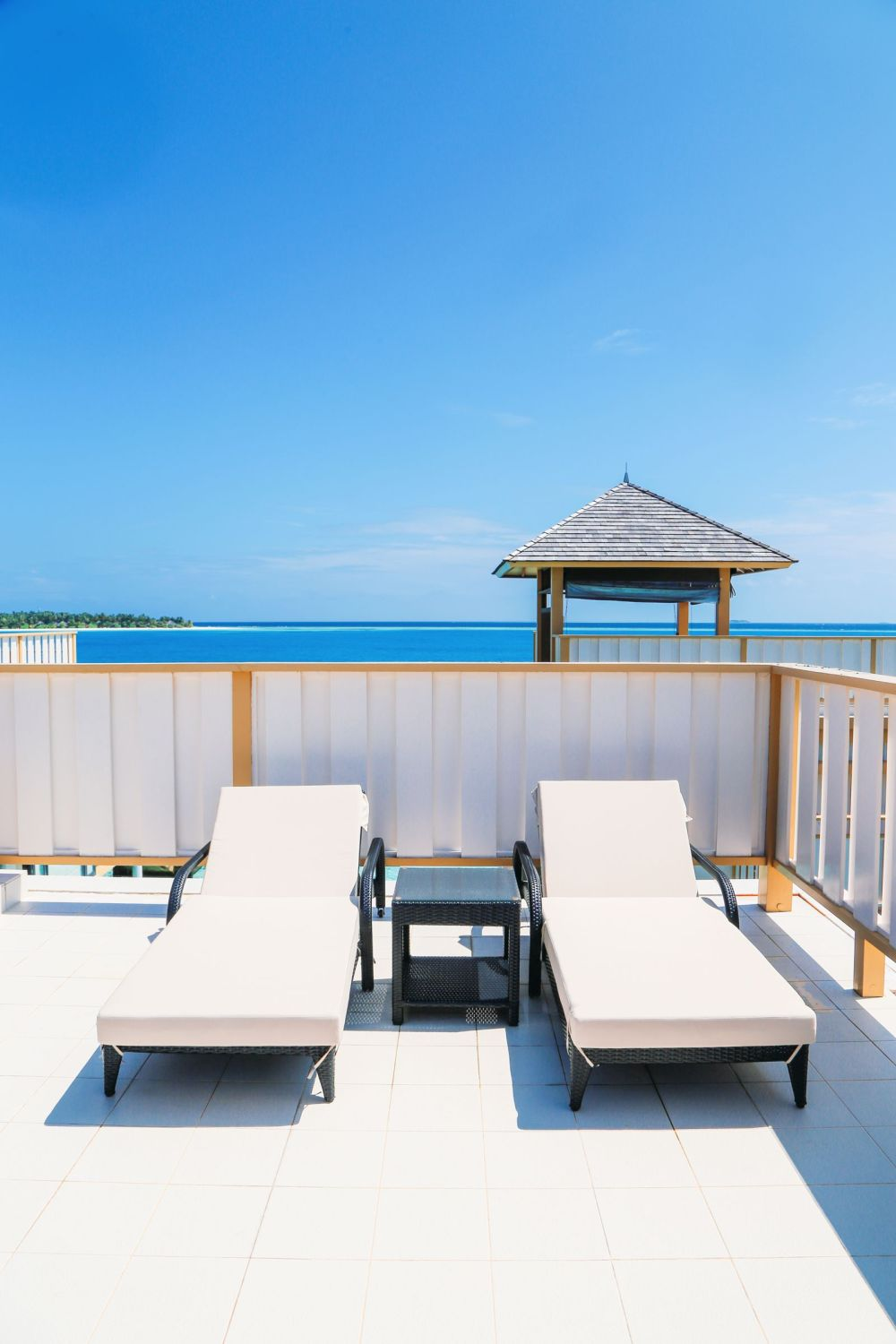 Angsana Velavaru - The Most Amazing In-Ocean Villa In The Maldives (28)