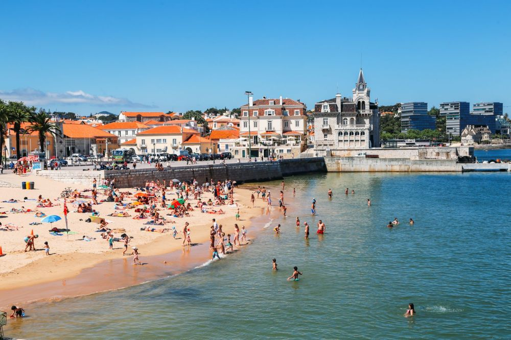 The Beautiful Seaside Town Of Cascais In Portugal... (30)