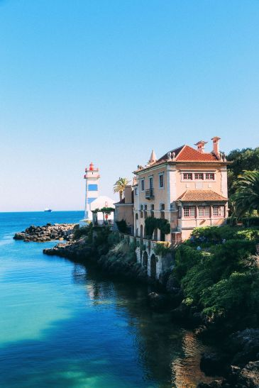 The Beautiful Seaside Town Of Cascais In Portugal... (80)