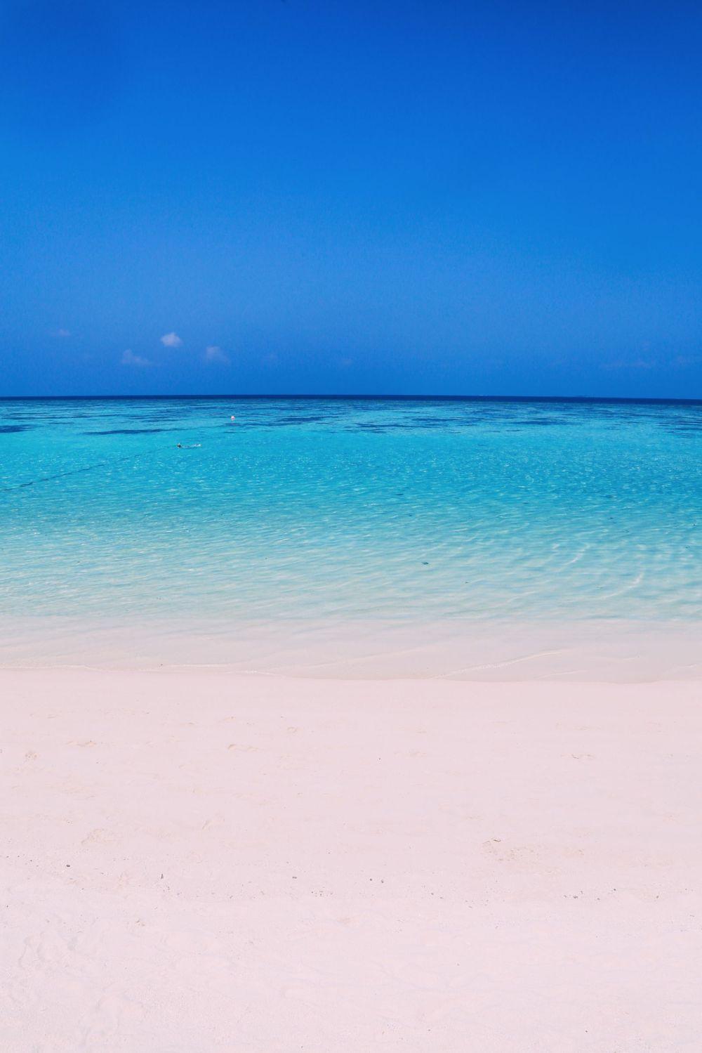 Sunshine and Island Hues... At Velassaru Maldives (34)