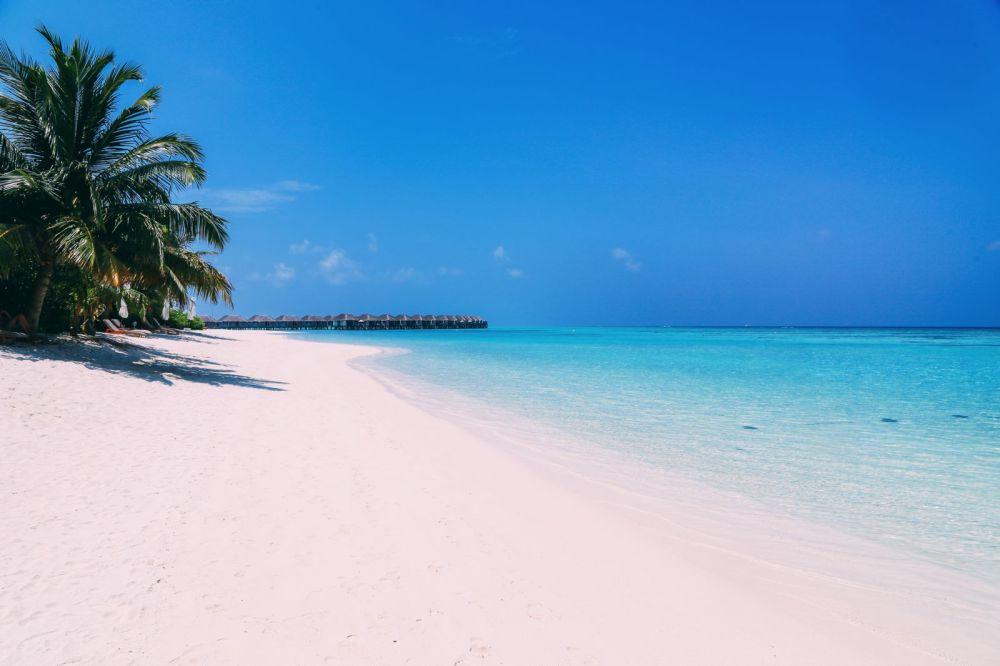 Sunshine and Island Hues... At Velassaru Maldives (35)