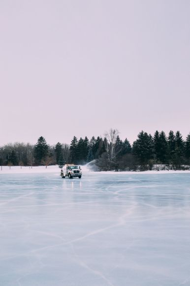 Edmonton City In Alberta Canada - Ice Castles And Travel Photos (11)