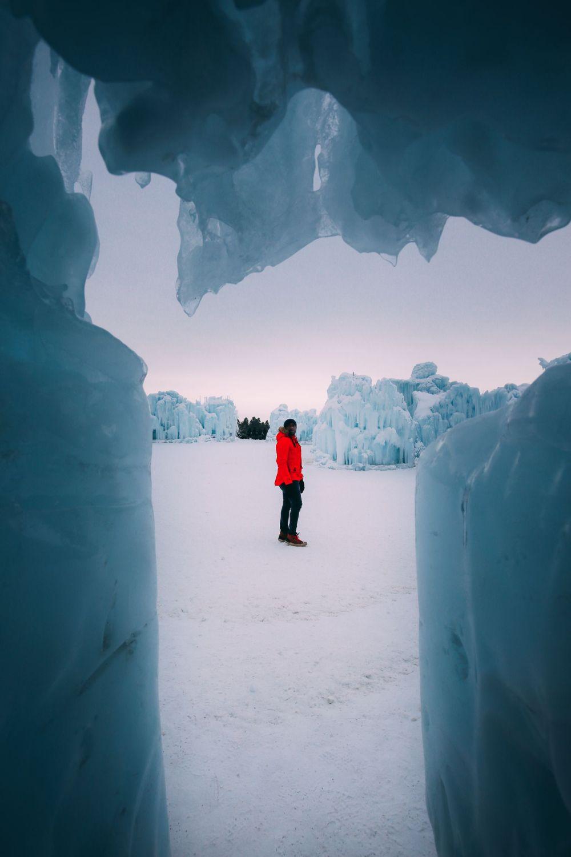Edmonton City In Alberta Canada - Ice Castles And Travel Photos (7)