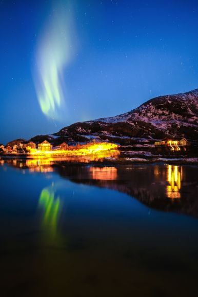 Visiting The Artic Circle in Tromso and Sommaroy in Norway, Europe. Northern Lights, Snow Mountains, Seaside (25) (12)