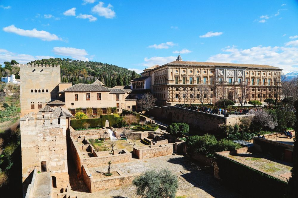 The Amazingly Intricate Alhambra Palace of Spain (39)